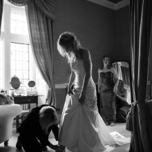 Clearwell Castle bride image by Nikki Kirk Photography 2014