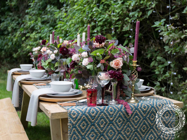 Dryhill weddings outdoor eating