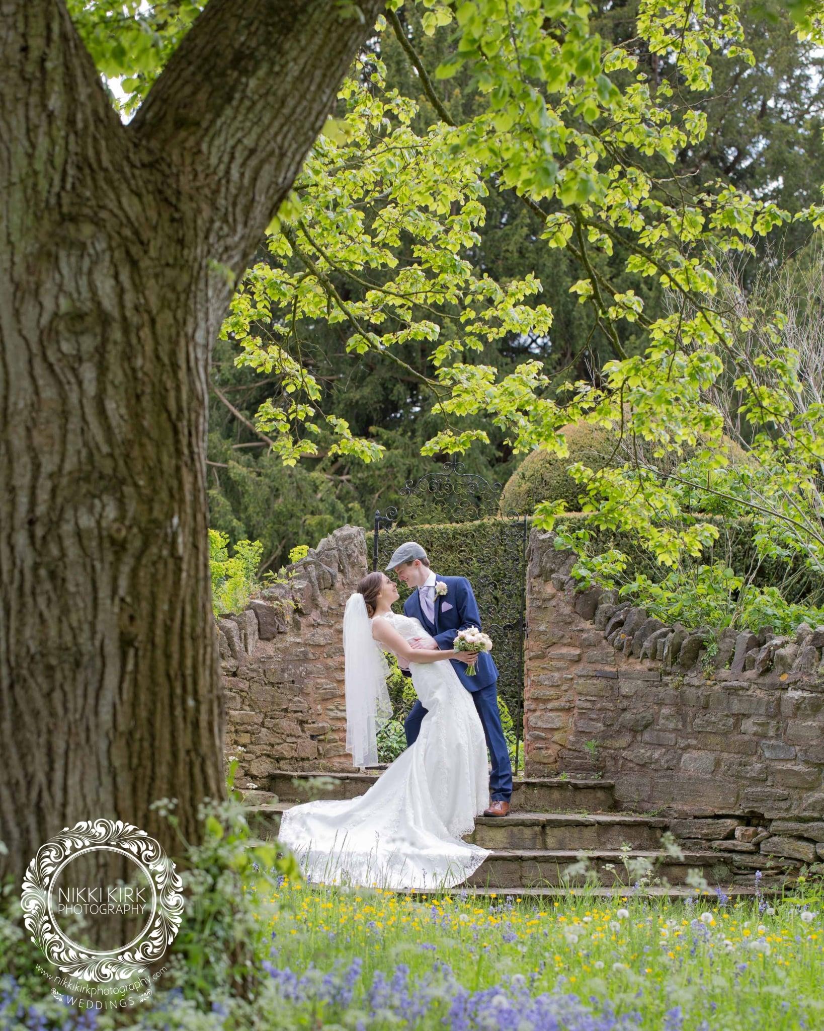 Birtsmorton Court Wedding photographer Nikki Kirk Photography