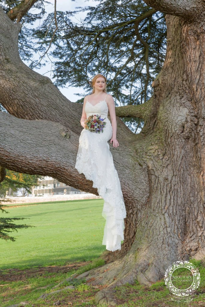 Nikki-Kirk-Photography-Rendcomb-College-wedding