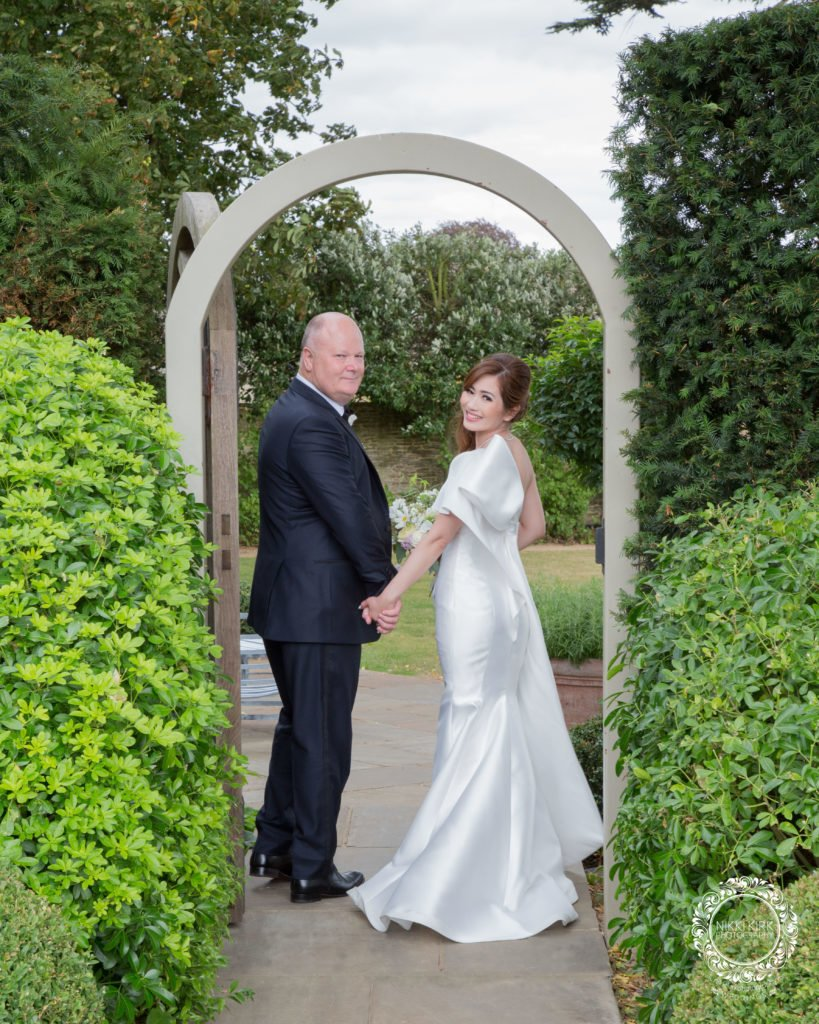 Nikki-Kirk-Photography-Thyme-Hotel-Southrop-Cotswolds-wedding