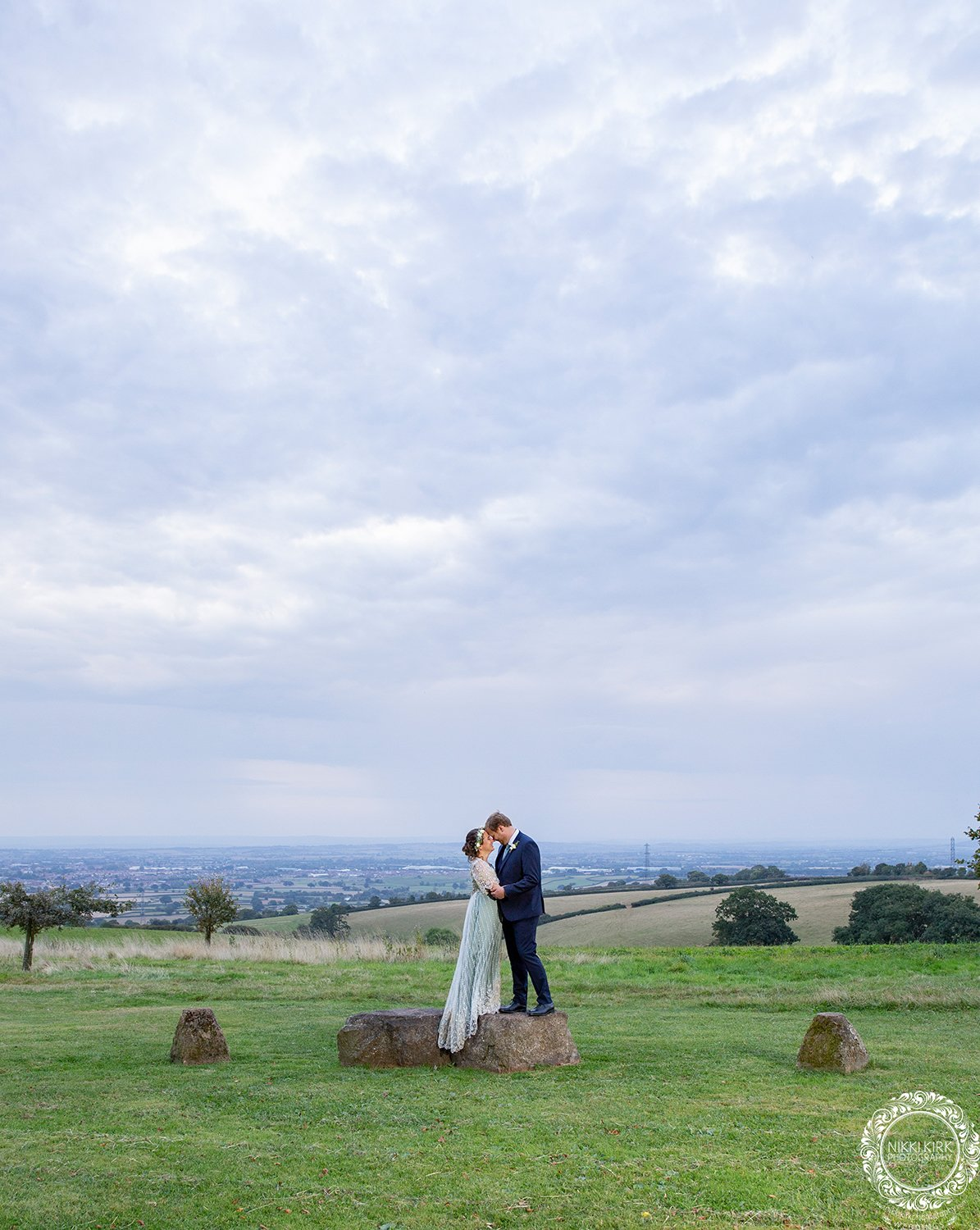 Nikki-Kirk-wedding-photography-Huntstile-Organic-Farm-Somerset