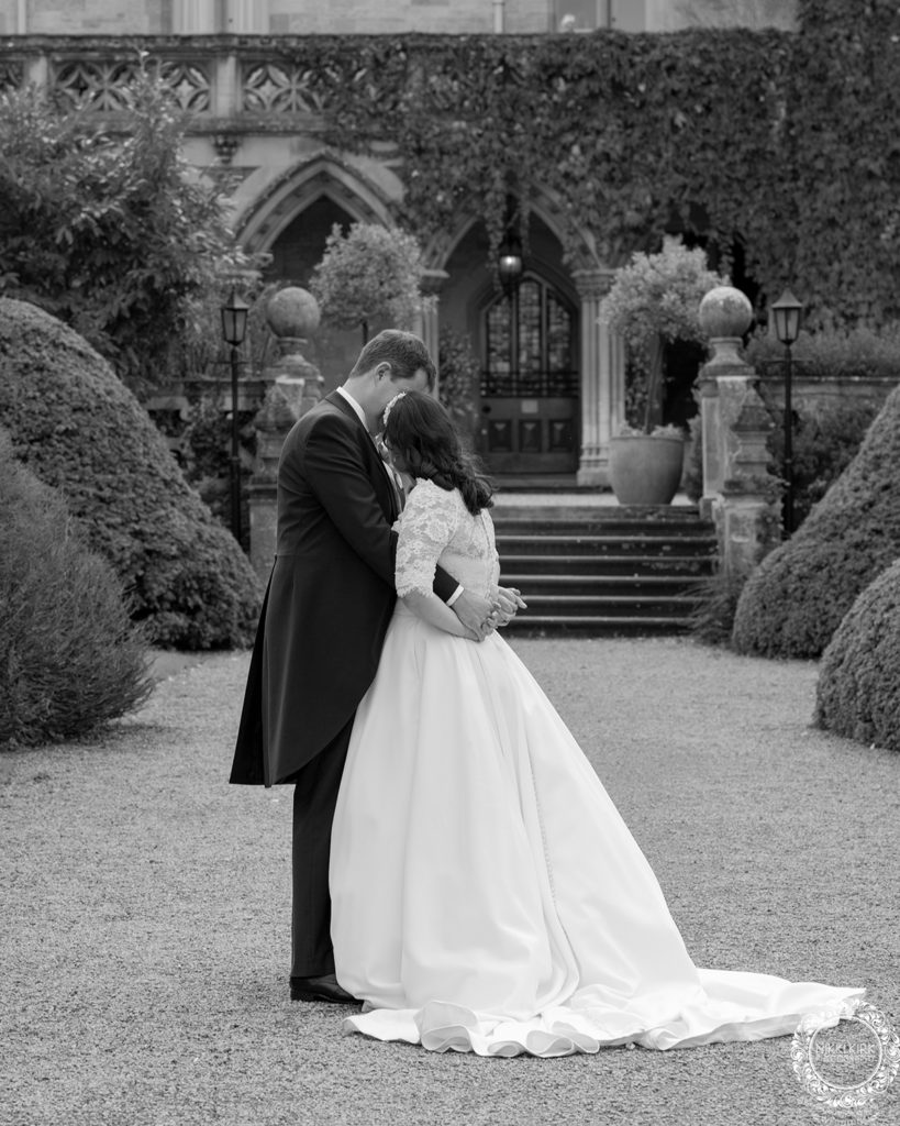 Nikki-Kirk-wedding-photography-Manor-by-the-Lake-Cheltenham