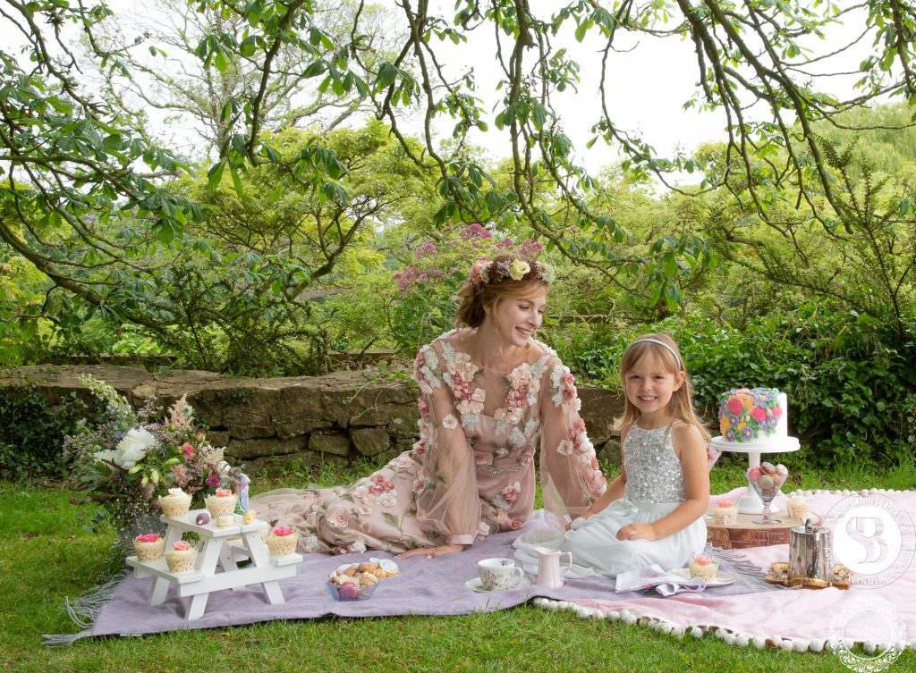 Afternoon-tea-wedding-ideas-Glenfall-House