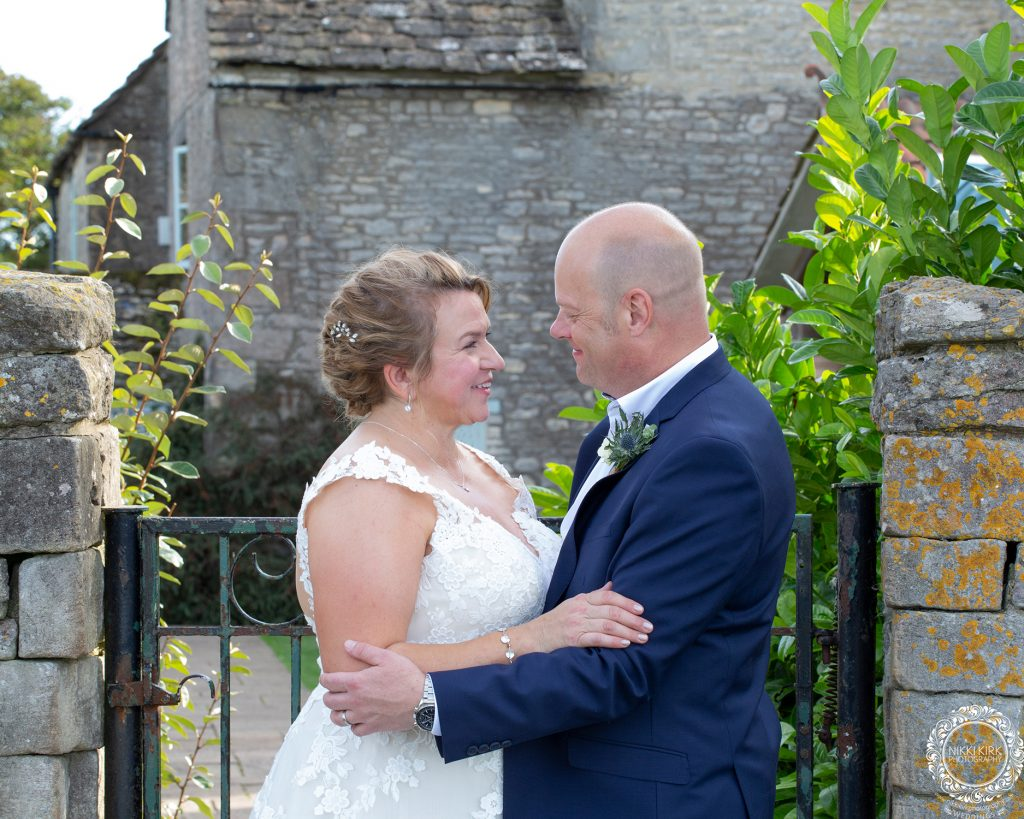 The-Old-Lodge-Minchinhampton-wedding-photography-Nikki-Kirk